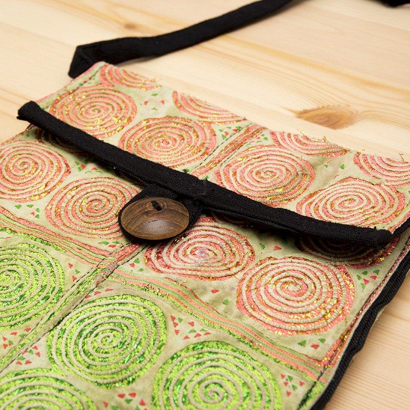 画像2:【モン族バッグ】白モン族の渦巻きポシェット(ライト)|タイ民族雑貨
