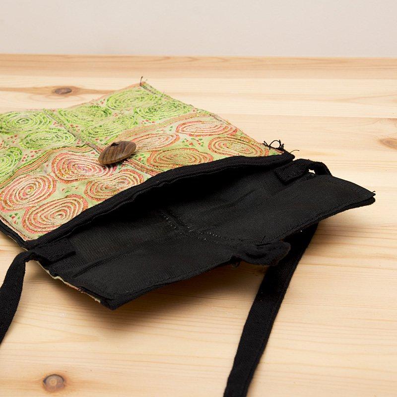 画像3:【モン族バッグ】白モン族の渦巻きポシェット(ライト)|タイ民族雑貨