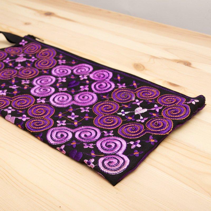 画像2:モン族の大きめ刺繍ポーチ(ピンク)/渦巻き/エスニック/タイ民族雑貨