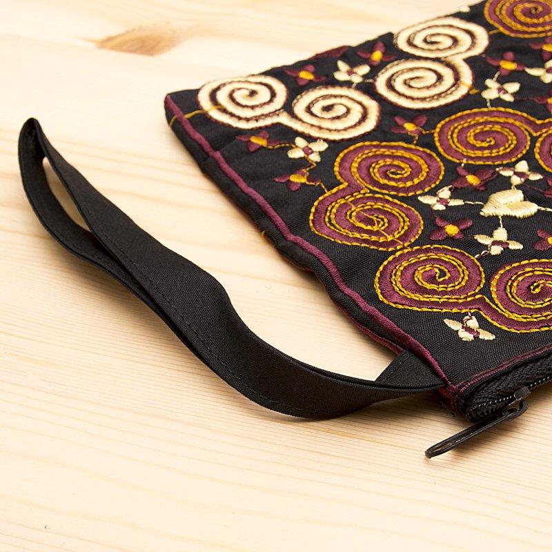 画像3:モン族の大きめ刺繍ポーチ(ゴールド)/渦巻き/エスニック/タイ民族雑貨