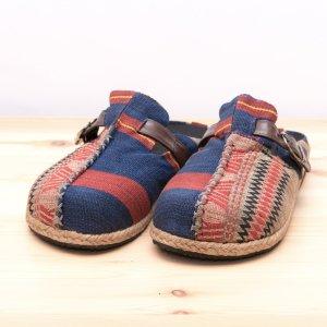 ナガ族手織り布のサボサンダル(ベージュxネイビー)