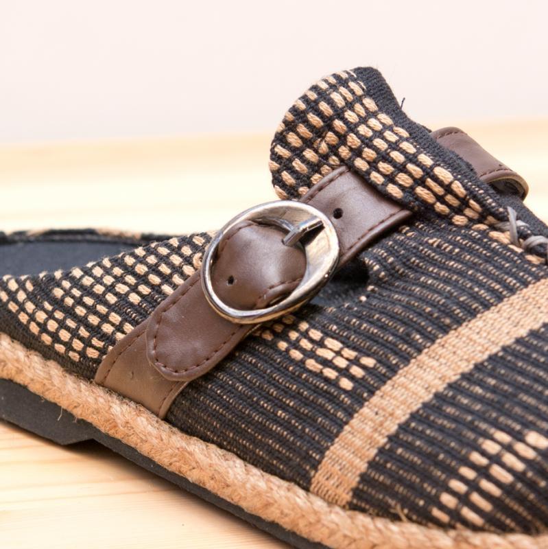 画像2:ナガ族刺繍のサボサンダル(ブラック)/ハンドメイド/民族雑貨