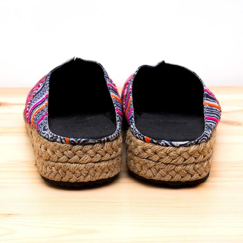 画像2:モン族刺繍のサボサンダル(レディス)/ろうけつ染め/民族雑貨