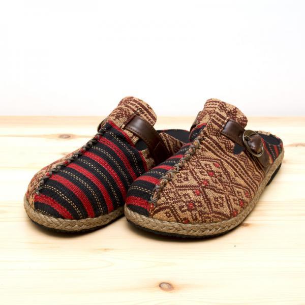ナガ族刺繍のサボサンダル(ベージュxレッド)/ハンドメイド/民族雑貨