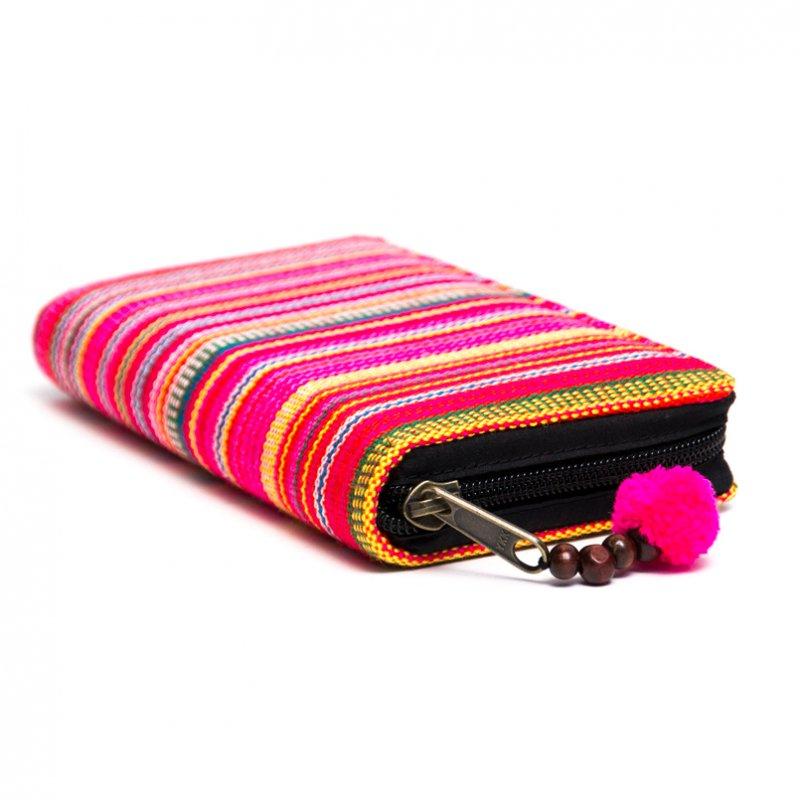 画像2:モン族 カラフル刺繍のラウンドファスナー長財布