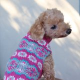 <img class='new_mark_img1' src='https://img.shop-pro.jp/img/new/icons5.gif' style='border:none;display:inline;margin:0px;padding:0px;width:auto;' />【Chilly Dog Sweaters】アルパカ100% ドッグセーター Alpaca Rose Fairisle Dog Sweater