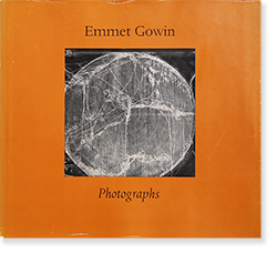<img class='new_mark_img1' src='https://img.shop-pro.jp/img/new/icons7.gif' style='border:none;display:inline;margin:0px;padding:0px;width:auto;' />Emmet Gowin: Photographs エメット・ゴーウィン 写真集