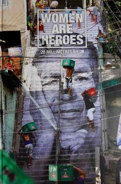 WOMEN ARE HEROES 28 MILLIMETRES BY ジェイ・アール JR  写真集
