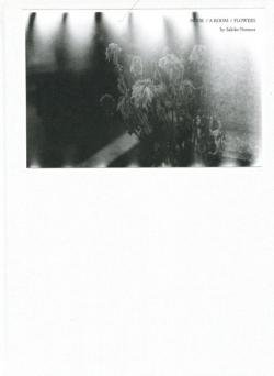 NUDE/A ROOM/FLOWERS by Sakiko Nomura 野村佐紀子 M.26 署名本 signed