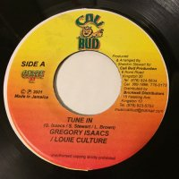GREGORY ISAACS & LOUIE CULTURE / TUNE IN