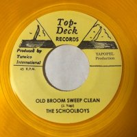 THE SCHOOLBOYS / OLD BROOM SWEEP CLEAN - AL & THE VIBRATORS / DREAM FOR TOMORROW