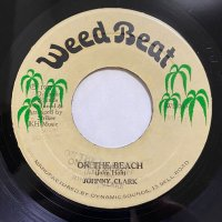 JOHNNY CLARKE / ON THE BEACH
