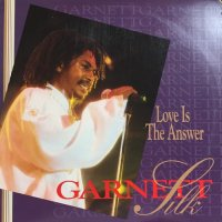 GARNETT SILK / LOVE IS THE ANSWER
