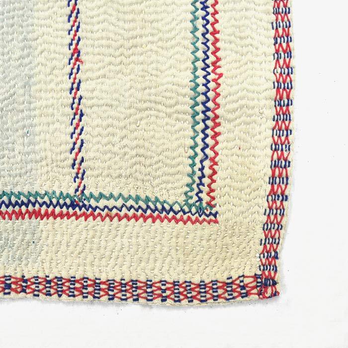 Vintage Quilt | White Vintage