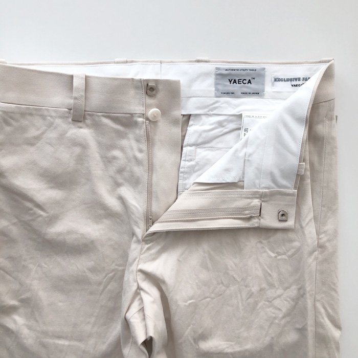 YAECA | MEN | 19608 CHINO CLOTH PANTS | PIPED NARROW | BEIGE