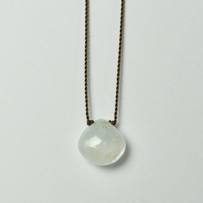 Margaret Solow | Smooth Stone Necklace | Rainbow Moonstone