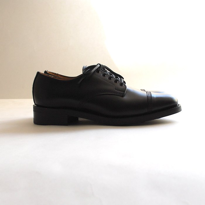 Sanders | Military Derby Shoes | Black