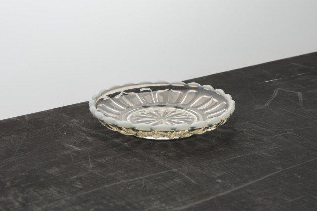 ガラス豆皿 古代色 雪の花 廣田硝子