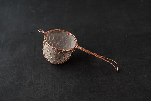 銅の茶漉し 辻和金網