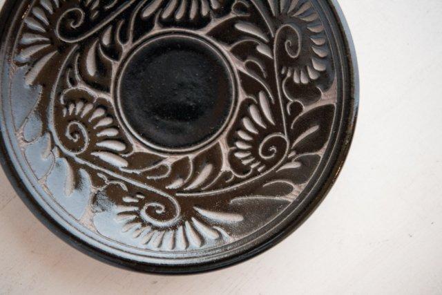 やちむん 唐草線彫 皿 育陶園