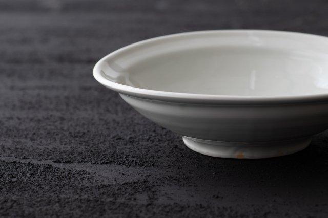 白磁 7寸鉢 境知子