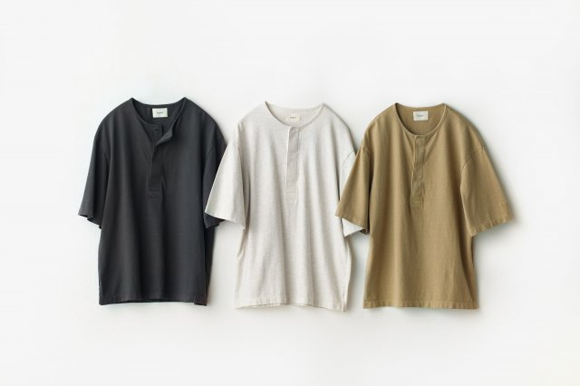 HENRY NECK T-SHIRT inswirl インスワール<img class='new_mark_img2' src='https://img.shop-pro.jp/img/new/icons5.gif' style='border:none;display:inline;margin:0px;padding:0px;width:auto;' />