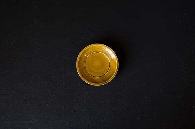黄磁 5寸リム皿 阿部春弥