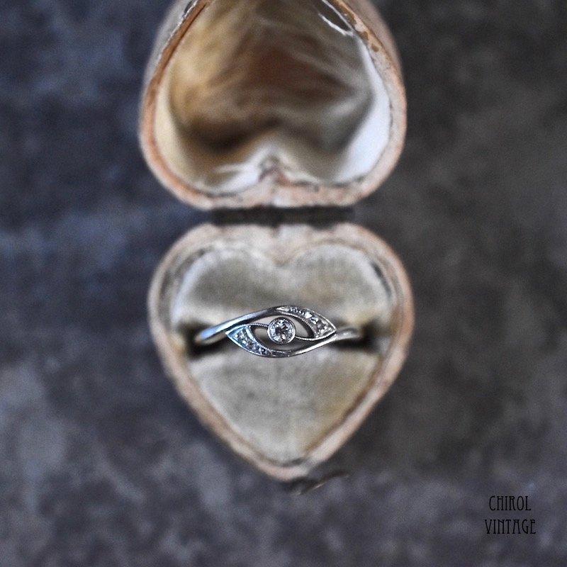 18Kゴールド プラチナ ダイアモンド クロスオーバーリング