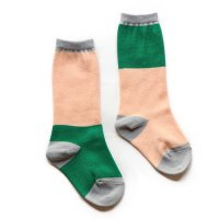Franky Grow (フランキーグロウ) 2トーン アシンメトリー ソックス ピンク&グリーン (2 Tone Asymmetric Socks Pink&Green)<img class='new_mark_img2' src='//img.shop-pro.jp/img/new/icons5.gif' style='border:none;display:inline;margin:0px;padding:0px;width:auto;' />