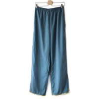 Nuno(ヌーノ)レディース リボンパンツ ブルーグリーン (Ribon Pants Blue Green) <img class='new_mark_img2' src='//img.shop-pro.jp/img/new/icons5.gif' style='border:none;display:inline;margin:0px;padding:0px;width:auto;' />