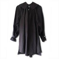 Nuno(ヌーノ)レディース ジャスミン スモッキング シャツ ローブ ブラック(JASMINE Smocking Shirt Robe Black)<img class='new_mark_img2' src='https://img.shop-pro.jp/img/new/icons5.gif' style='border:none;display:inline;margin:0px;padding:0px;width:auto;' />