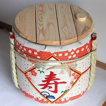【新品】レンタル祝樽4斗 寿・花柄【画像2】