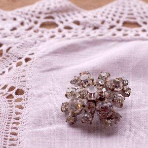 vintage 1950's rhinestone brooch