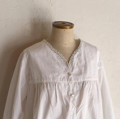 vintage early 20th century cotton blouse / ダイヤのカットワークブラウス