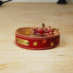 カラーヌメ革 花柄刺繍入り 幅広首輪 17cm〜25cm 小型犬用