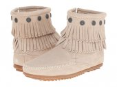 取り寄せ MINNETONKA DOUBLE FRINGE SIDE ZIP BOOT/ Stone【ストーン】