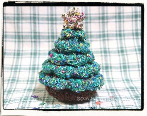 かぎ針で作る☆見てるだけで楽しくなる クリスマスツリー 完成品