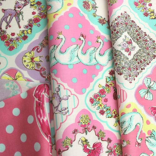 Joli Fleur La Toile×MUTTI  ラミネート加工生地 Million Kisses 【Pastel Fantasy】 110�×100�
