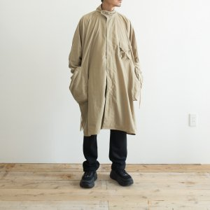 <img class='new_mark_img1' src='https://img.shop-pro.jp/img/new/icons8.gif' style='border:none;display:inline;margin:0px;padding:0px;width:auto;' />COMFY OUTDOOR GARMENT 「RAIN FALLS PONCHO」