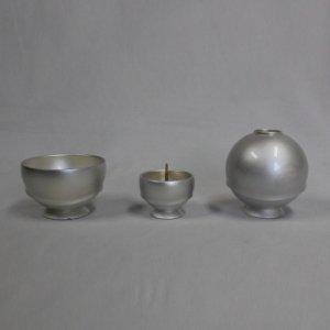 游(ゆう) 3具足セット(花立、灯立、前香炉)真珠色