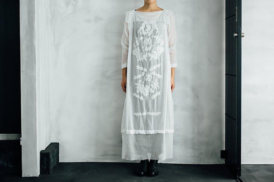 TOWAVASE 「Khadi Cotton」 刺繍ドレス WHITE