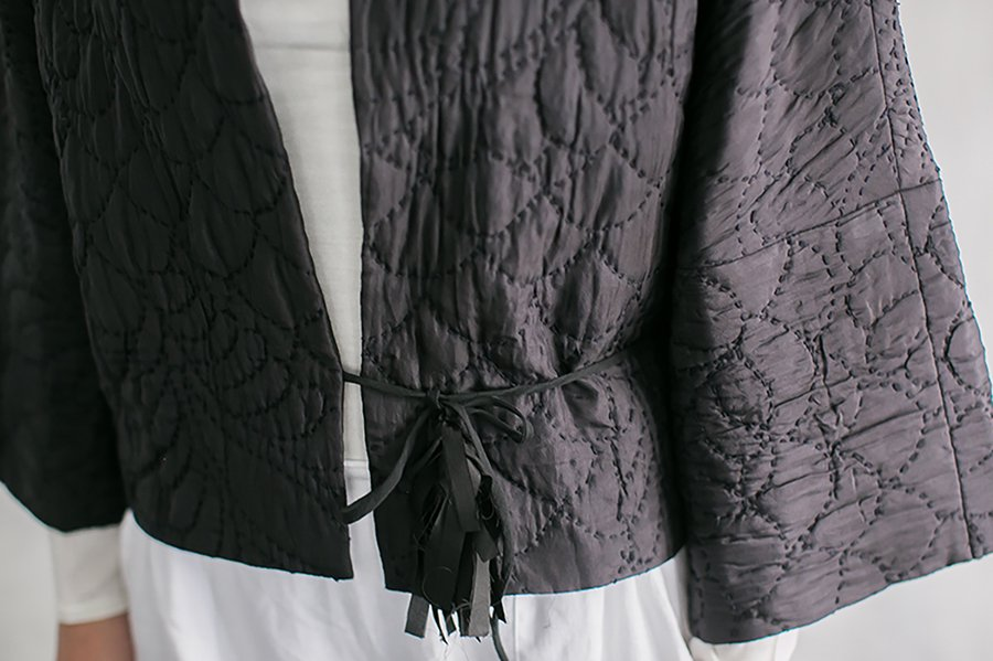TOWAVASE  刺繍キルトジャケット BLACK