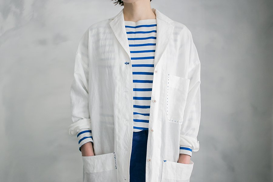 TOWAVASE 「Blueのアトリエコート」 WHITE