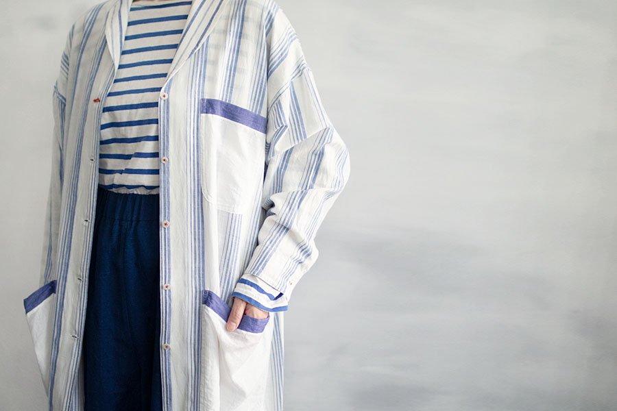 TOWAVASE 「Blueのアトリエコート」 BLUE×WHITE