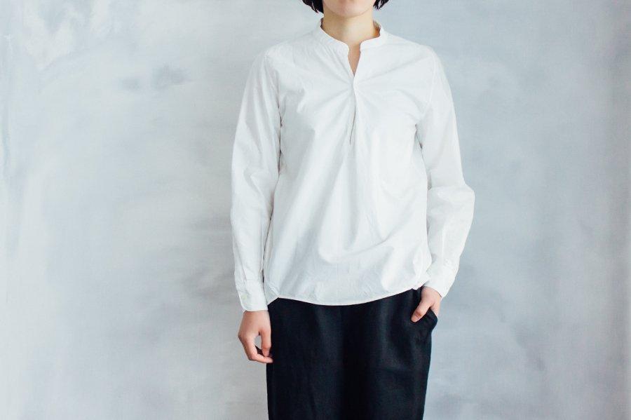 endow タイプライタープルオーバーシャツ WHITE