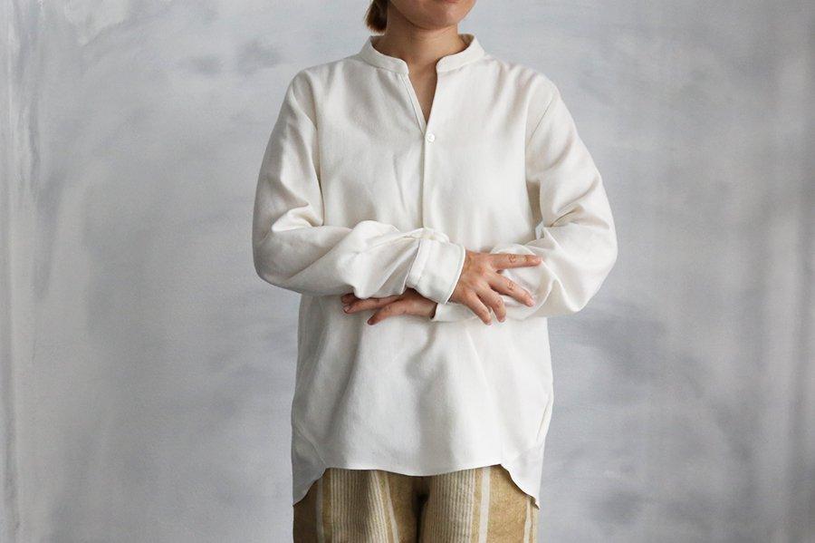 endow コットンウール バンドカラープルオーバーシャツ WHITE
