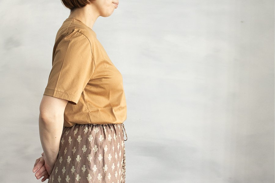 semoh クルーネックTシャツ BEIGE