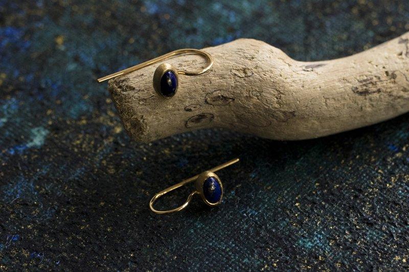 muska yinyang Lapis lazuli ピアス