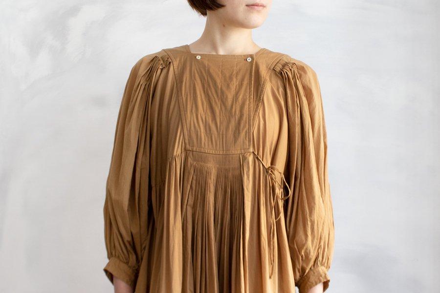 TOWAVASE 「Artisan」ドレス CAMEL