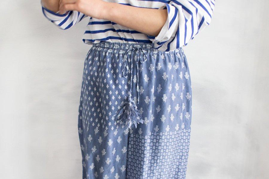 TOWAVASE 「Sarasa」パンツ BLUE